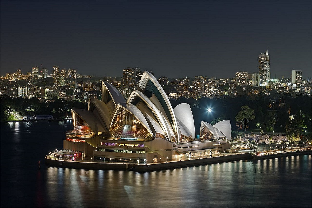 sydney-night_vietmytravel_du-lich-uc
